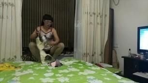 广场舞熟女美娜子生活视频换内衣