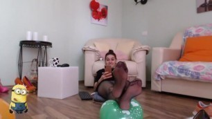Bella_antonia Plays with Balloons and Shows off her Nylon Covered Feet